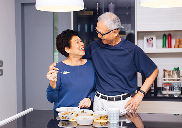 怕退休丈夫變成「移動的家具」?退休後夫妻如何相處
