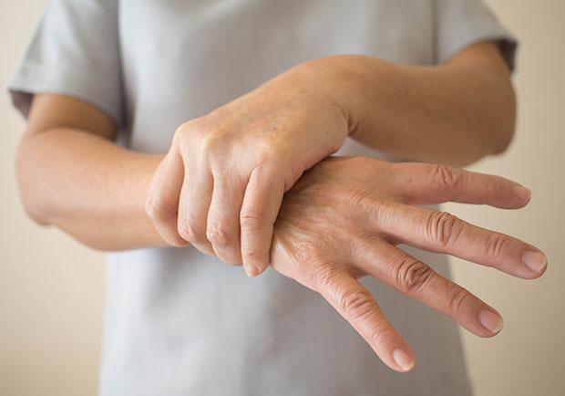巴金森病只有長輩才會得?年輕患者延誤就醫可能失智