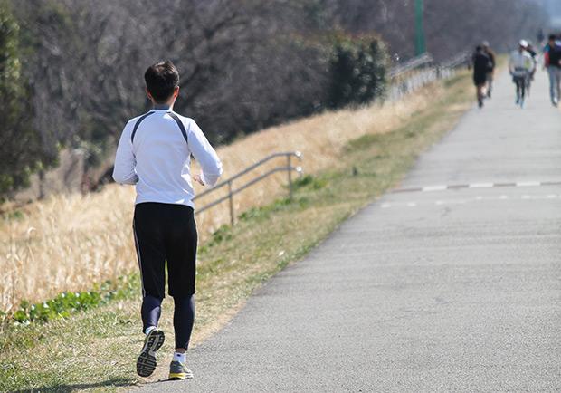 慢跑超過身體負荷,疼痛、退化提早找上門