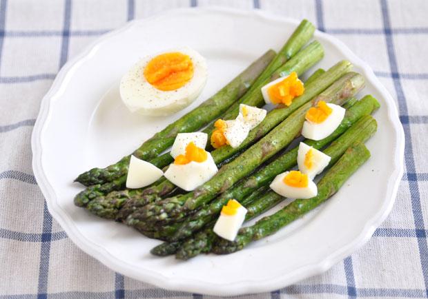 別讓慢性發炎致病,8 種抗發炎食物幫身體築起防護牆