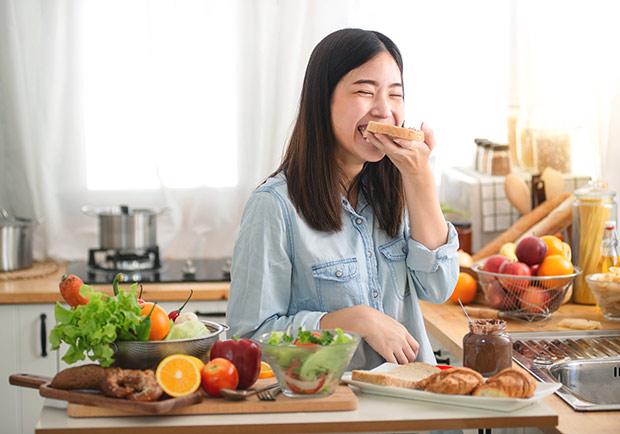 吃對食物也能療癒心靈!3 大營養素有效改善憂鬱症狀