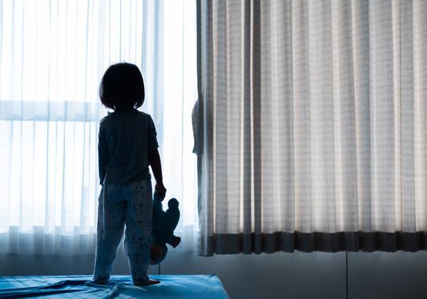 幼年受虐傷害大,美研究:負面影響延續至成年