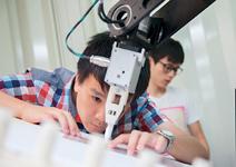 機器人產業鏈齊備,還需政府有決心推動