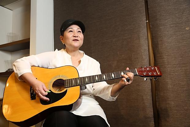 邰肇玫: 唱歌,重返往日美好時光