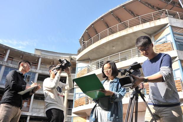 學術訓練扎實 媒體實習列為必修課