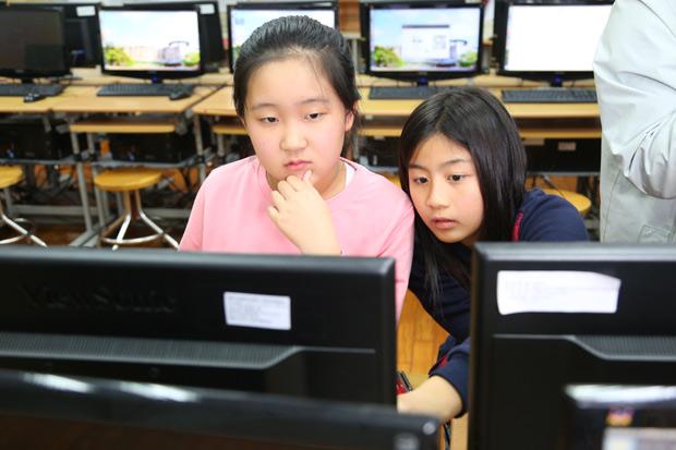 力推程式教育 讓下一代智慧起來