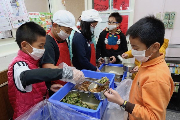 營養午餐4章1Q 六縣市學校搶先試辦