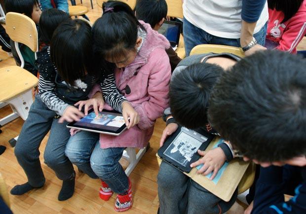 FUN暑假,協助孩子認識網路安全