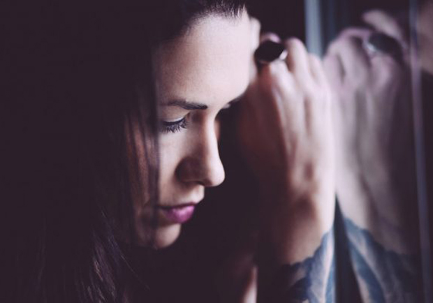 科學顯示:「大方接受」負面情緒才是快樂解藥!