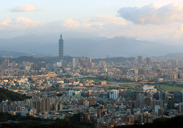 台灣吸引外資法規 排名後段班