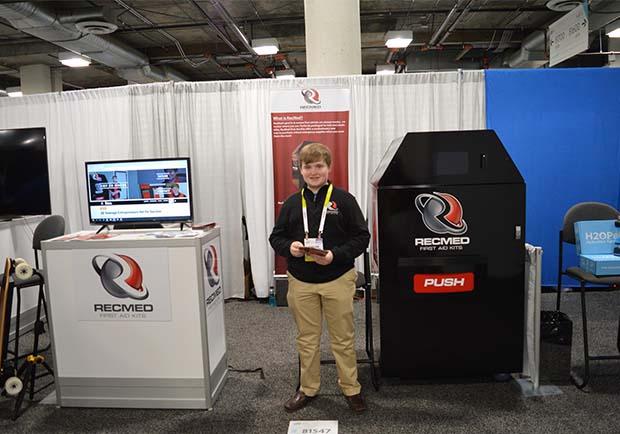 美國14歲創業家,靠「急救販賣機」得3千萬美元投資!