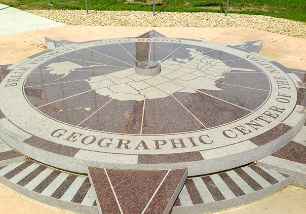 在這裡,時間彷彿是凍結的!來美國的地理中心點瞧瞧