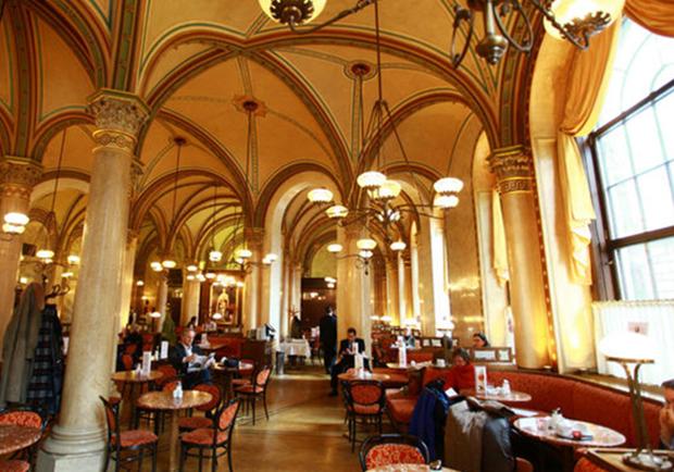沉寂世紀的咖啡香,一探老維也納的咖啡館風情!