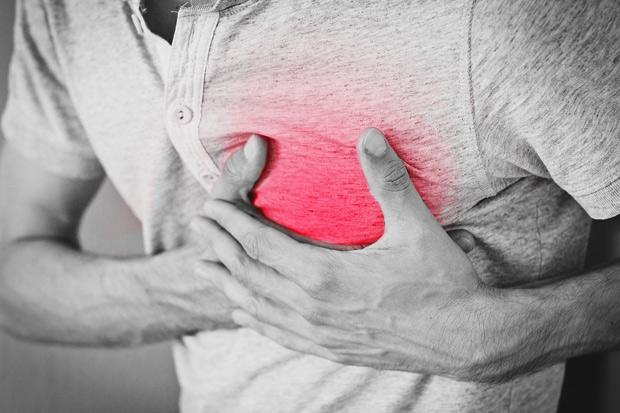 胃酸逆流一周一次,食道腺癌機率高7.7倍