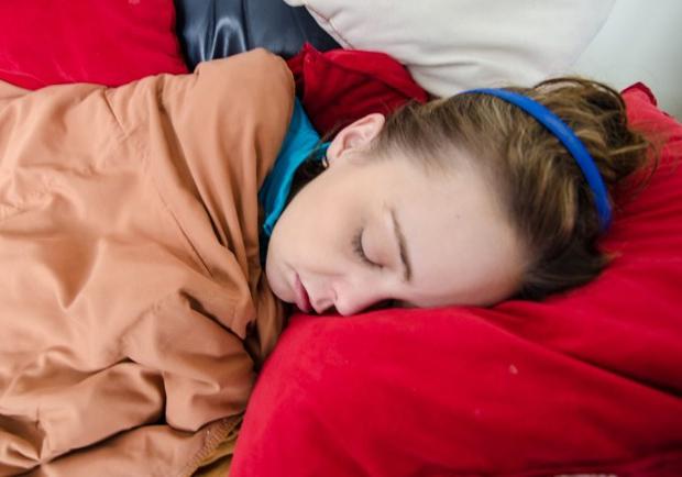 睡午覺好處多,有助提升老年人認知功能、增強學生記憶力!