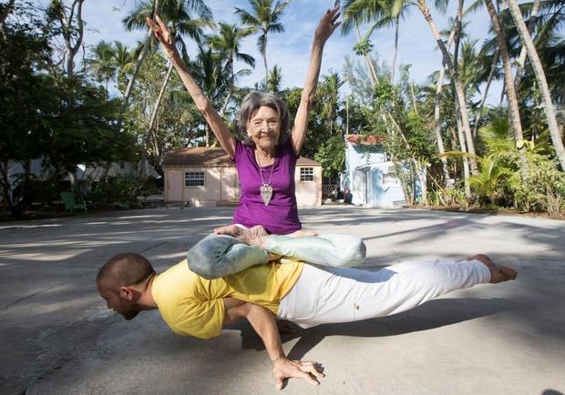 75年不間斷!98歲瑜珈老師活出精彩生命