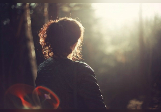 我們不是孤僻,只是內心世界遼闊!喜歡獨處的人都有這 5 個共同特質