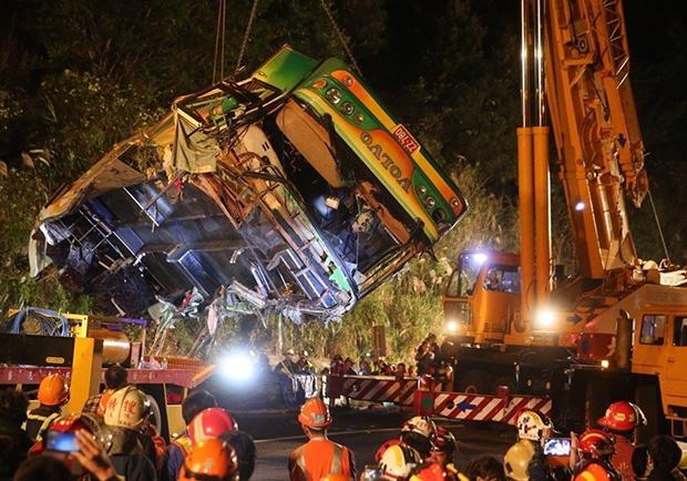 國道重大車禍 同業怒批政府:司機工時竟兩套標準