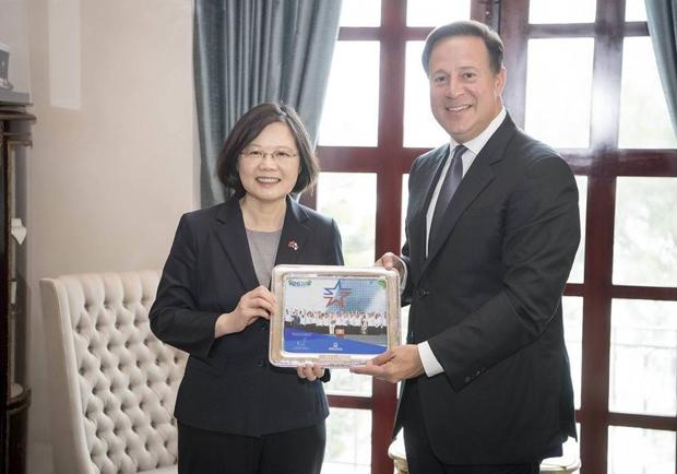 「中國是正確的國家」 巴拿馬總統宣布與陸建交