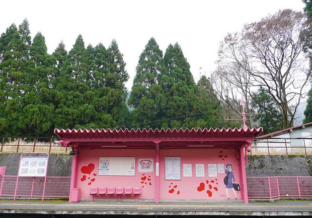 極粉紅!粉紅泡泡充滿的戀山形車站