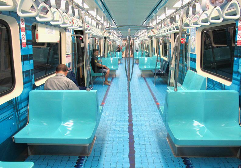 捷運車廂變身游泳池 台北捷運打造6款世大運彩繪賽場