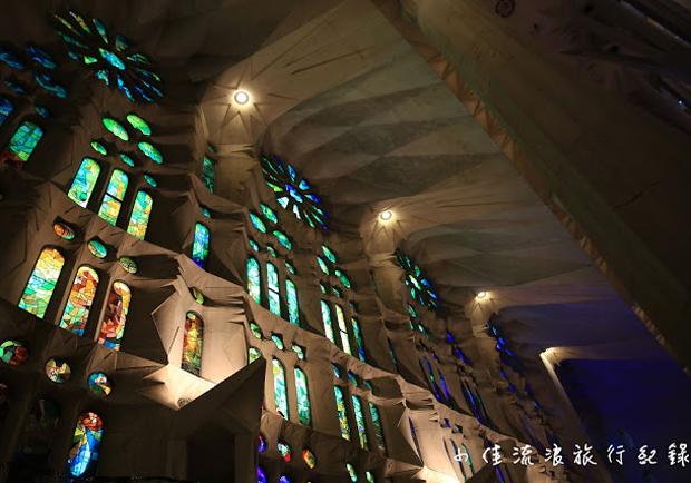 巴塞隆那聖家堂:高第的奇幻森林