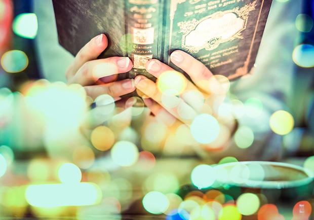 開啟未知的門扉 著迷於二手書的世界