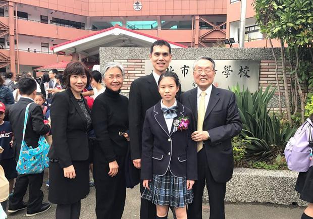 施振榮:台灣的大學畢業典禮 不夠尊重別人