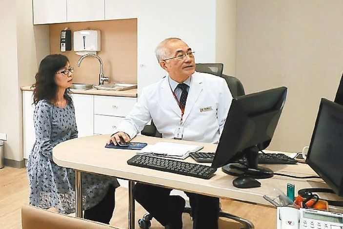 花12000找名醫看病? 大醫院特別門診比一比