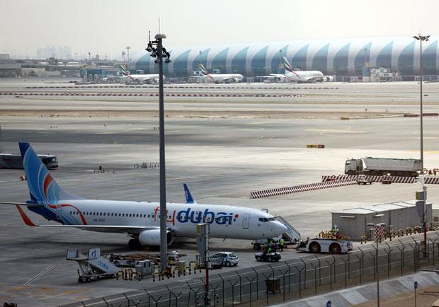 飛英美「比手機大」禁登機 哪些航空、電子商品受影響?