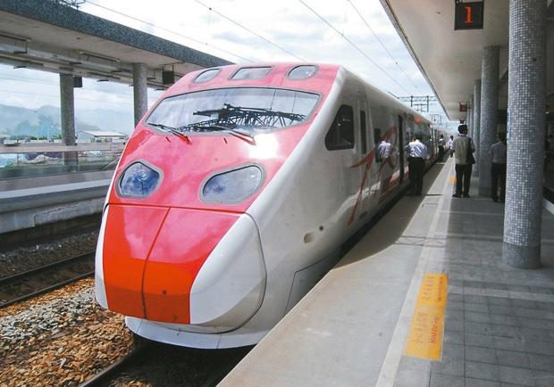 交通部長想推車廂分級收費 你願多花錢搭台鐵嗎?