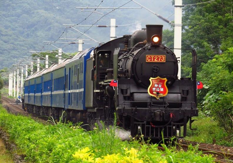 蒸汽火車屢遭環保稽查 台鐵無奈:保存文化不該被罰