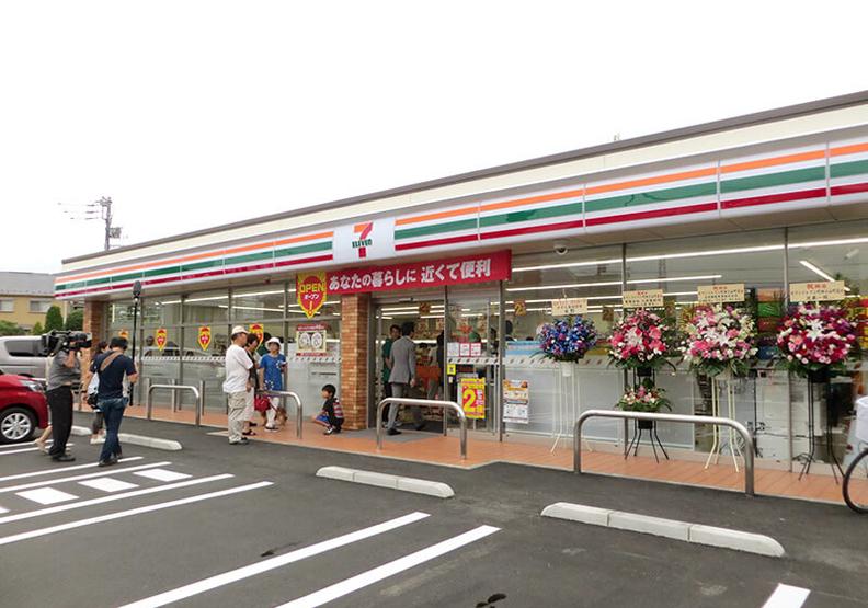 日本7-11超大型店開幕 全新店內配置邁向超市化!