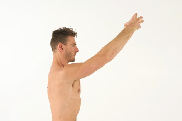 雷神索爾也在練的紓壓運動!坐姿紓壓式:背挺直,腹緊實