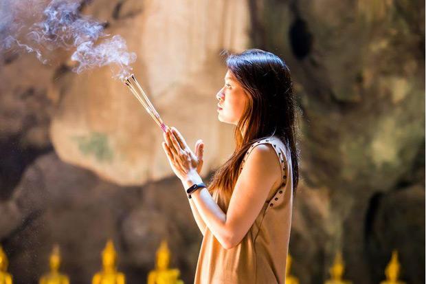 女性愈熱衷宗教活動 健康狀況愈差?