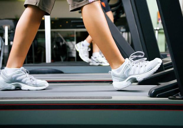 美研究:在跑步機上行走能有效改善帕金森氏症患者的身體機能