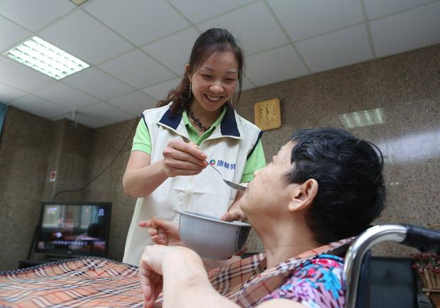 遠離鼻胃管,需重視介護食品(一)