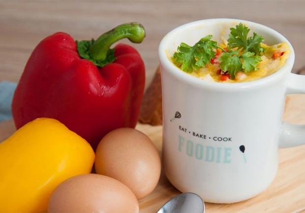 一杯獨享超滿足!馬克杯創意料理:鮭魚蔬菜烘蛋
