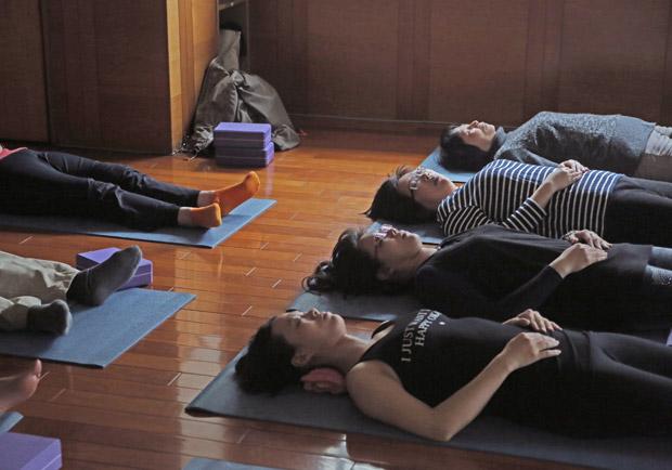 壓力大毛病多,打坐、瑜伽可治身心疾病