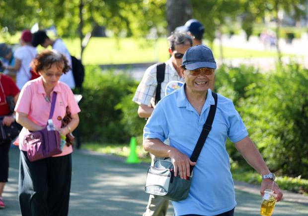 男女同遊,今後高齡者的理想交際模式