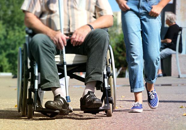 醫師教你強化膝關節,「用腳寫W」減緩膝蓋痛