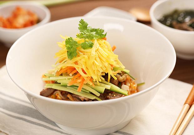 涼麵這樣吃連歐逆也愛上:蒟蒻韓式冷麵