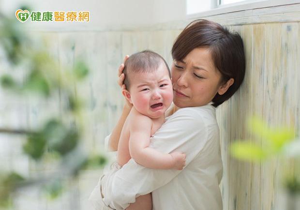一說掰掰娃秒崩潰大哭,爸媽該怎麼辦?