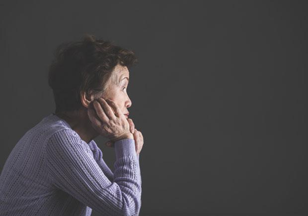 為何認知症總找上女性?
