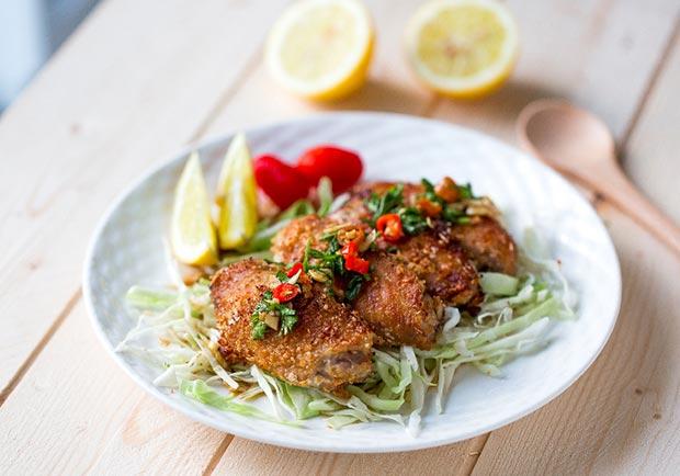 夏天開胃好滋味! 用「烤」的低卡泰式椒麻雞翅
