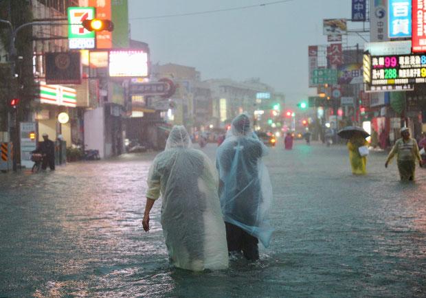 連日大雨注意,別悶出香港腳!