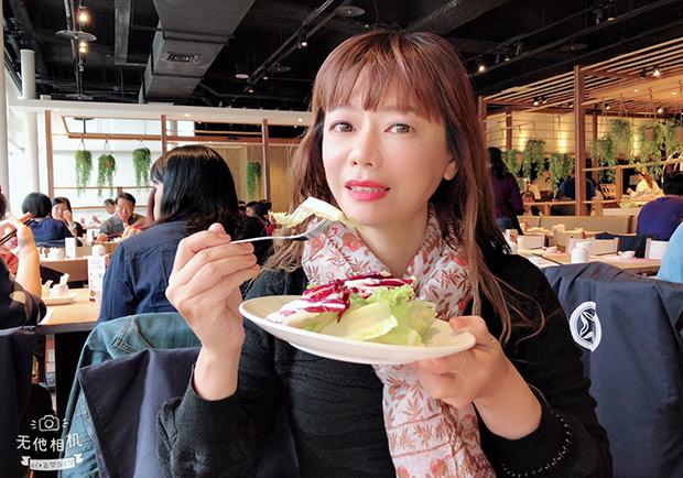 多吃蔬果有益心理健康,研究:生食比熟食更好