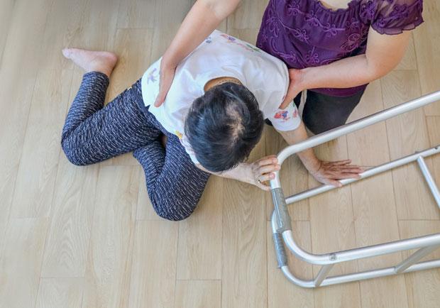 小心跌倒!視力障礙與骨折風險的關係
