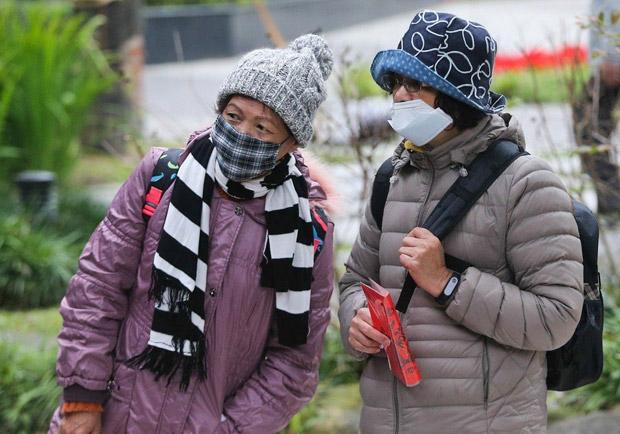 罹患流感拖 8 天就醫,30 多歲女子不幸往生