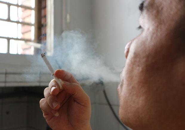 抽菸可以提神醒腦?荷蘭研究:恐加速腦機能退化